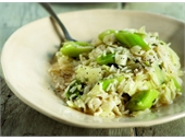 Cabbage with rice and leeks